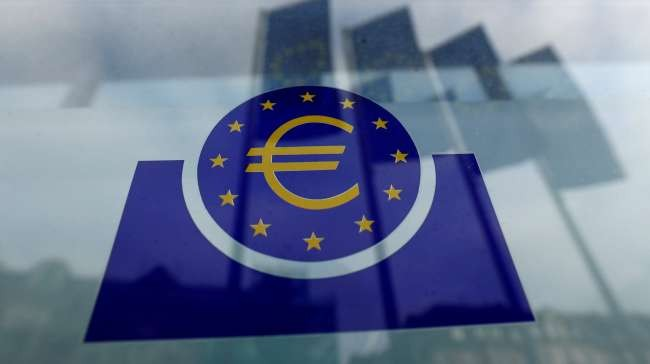 ECB keeps stimulus program on track as virus jitters grow