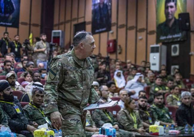 Top US commander in Syria attends terrorist SDF's meeting