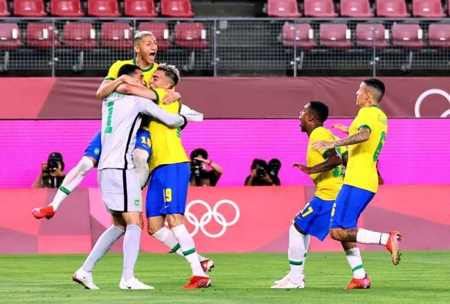 Brazil sees off Mexico to reach Olympic men's football final