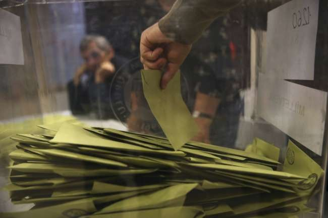 AK Party working on 12-member constituency model for Turkey's polls