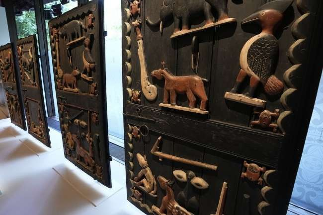 After 129 years, France decides to return Colonial Benin treasures